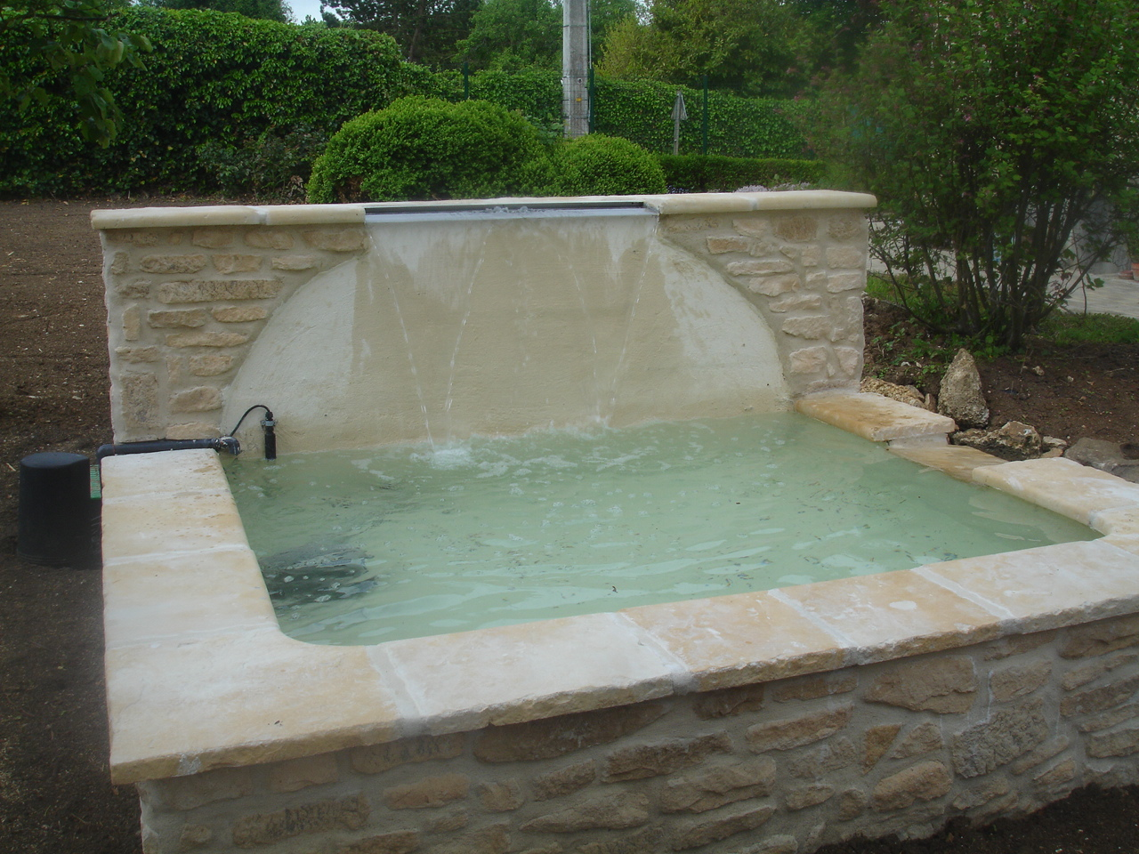 Bassins prat paysages for Piscine 02400